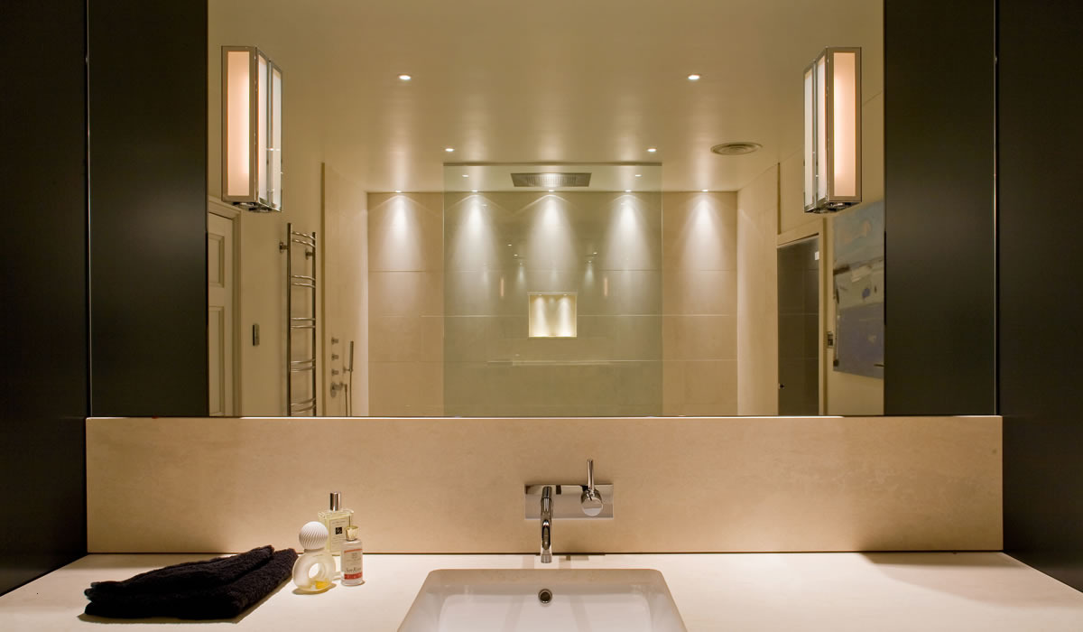 Image of: Bathroom Lights with Outlet
