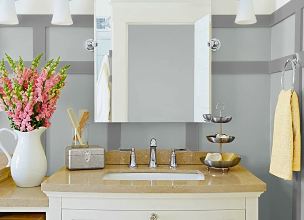Image of: Bathroom Storage and Organization