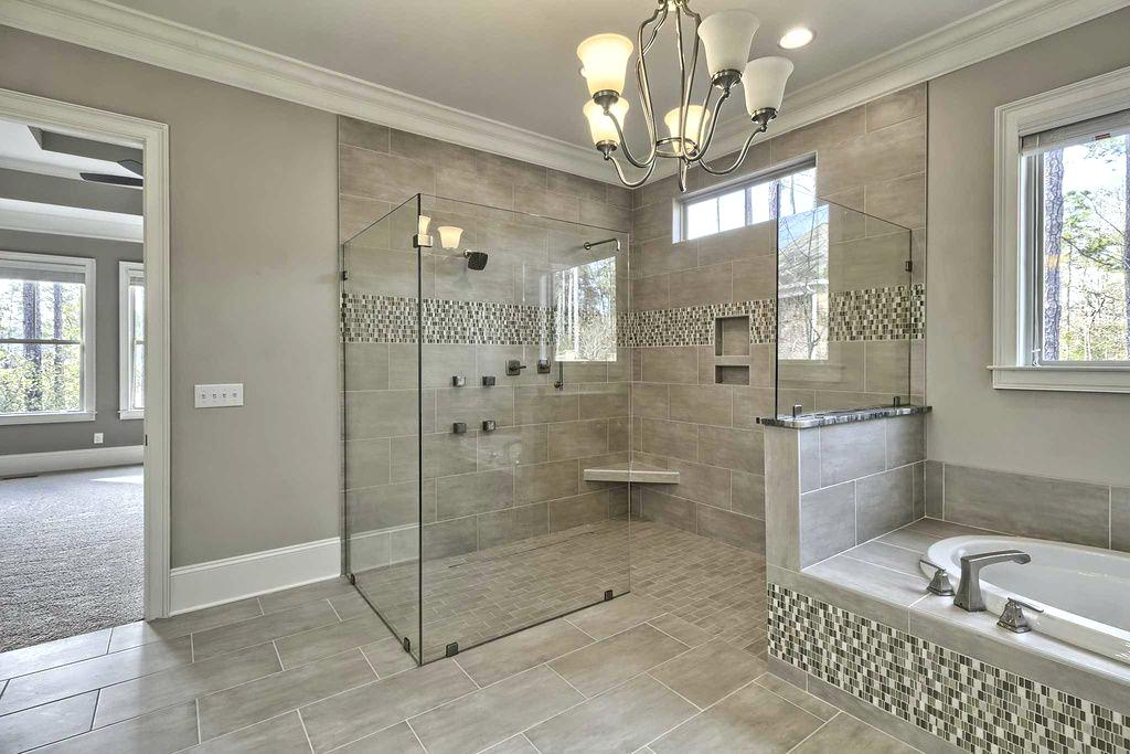 Bathroom Tile Accent
