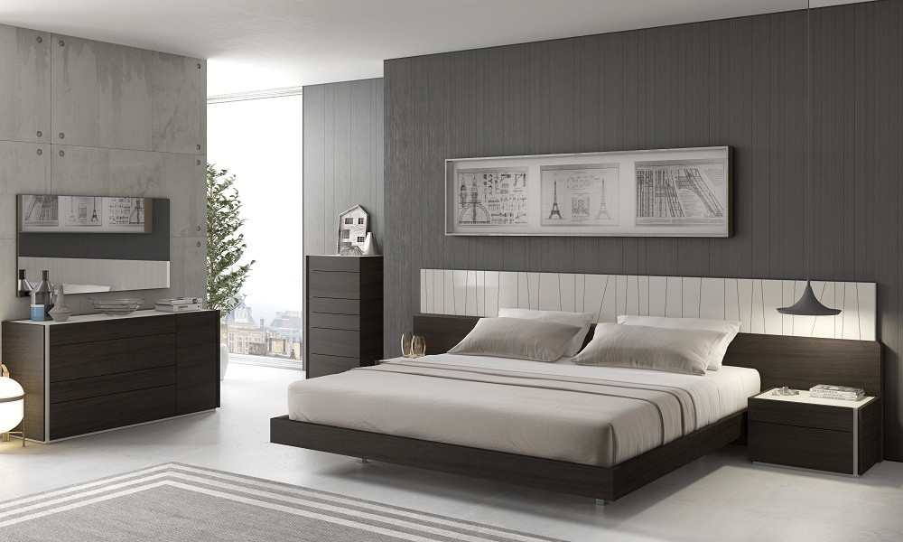 Image of: Bedroom Furniture Arrangement