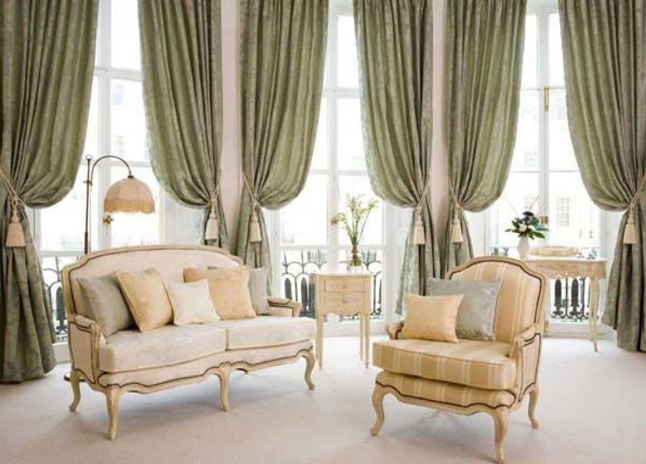 Casual Living Room Curtain Ideas