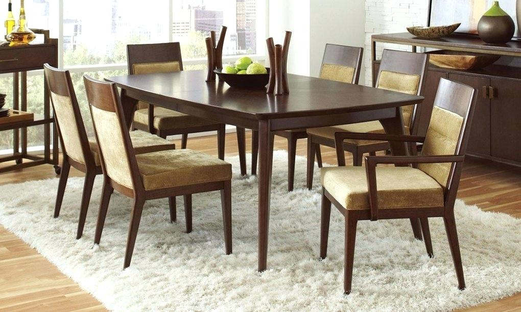 Image of: Dining Room Furniture Arrangement