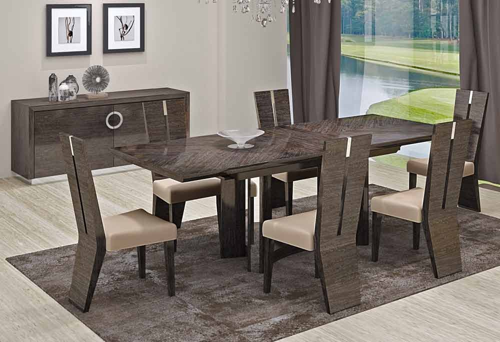 Image of: Dining Room Furniture Layout