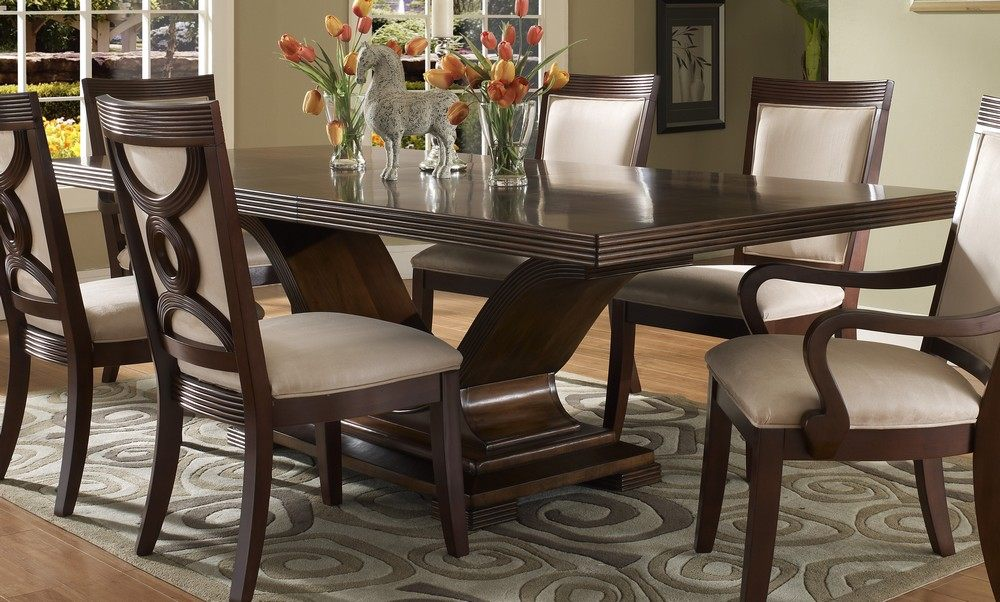 Image of: Dining Room Table Sets Clearance