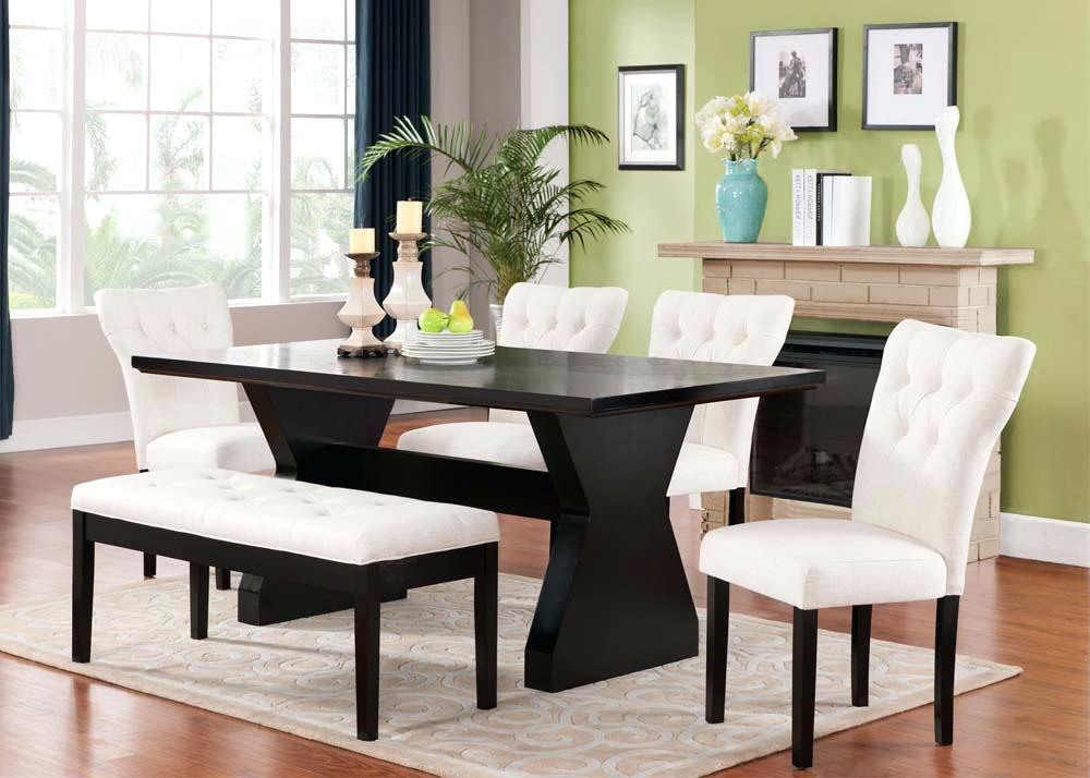 Image of: Dining Room Table with Bench Decor