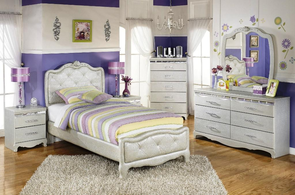 Image of: Girls Bedroom Sets for Sale