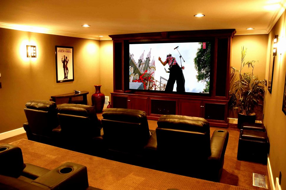 Image of: Living Room Theaters Portland Schedule