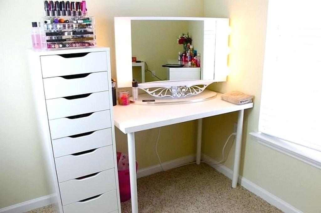 Painting A Bedroom Vanity