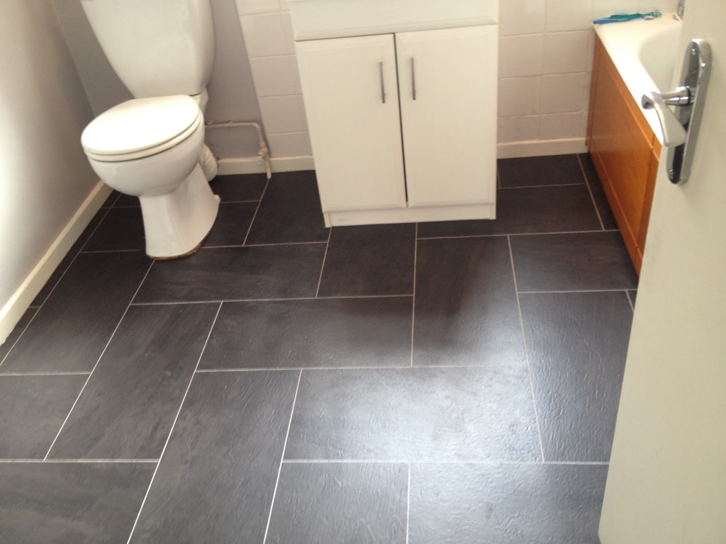 Image of: The Best Bathroom Floor Tiles