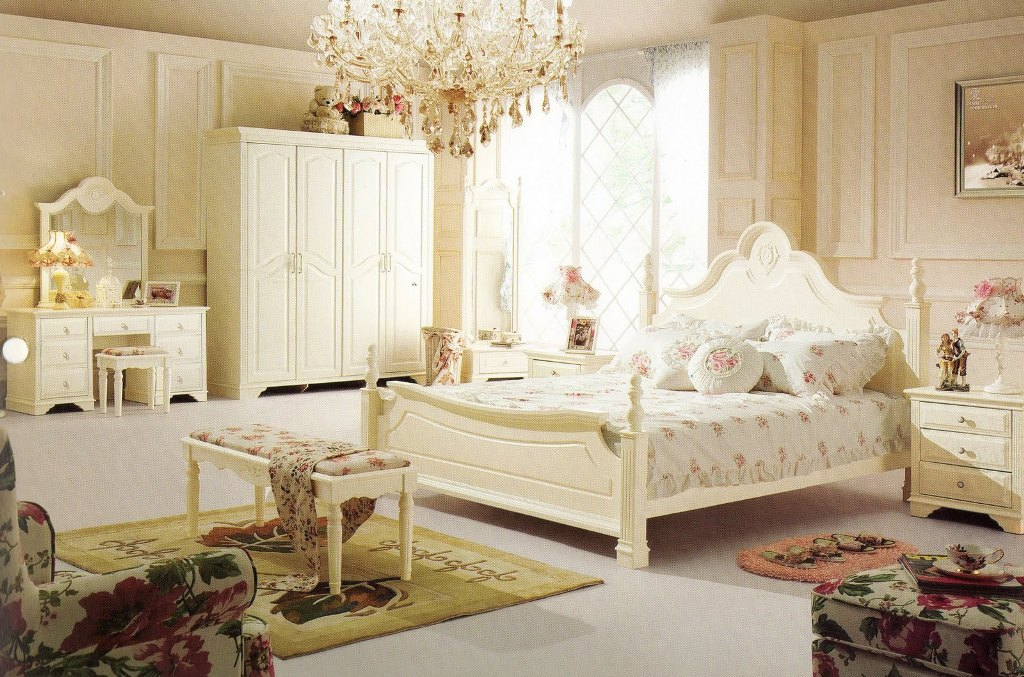 Bedroom In French Boudoir